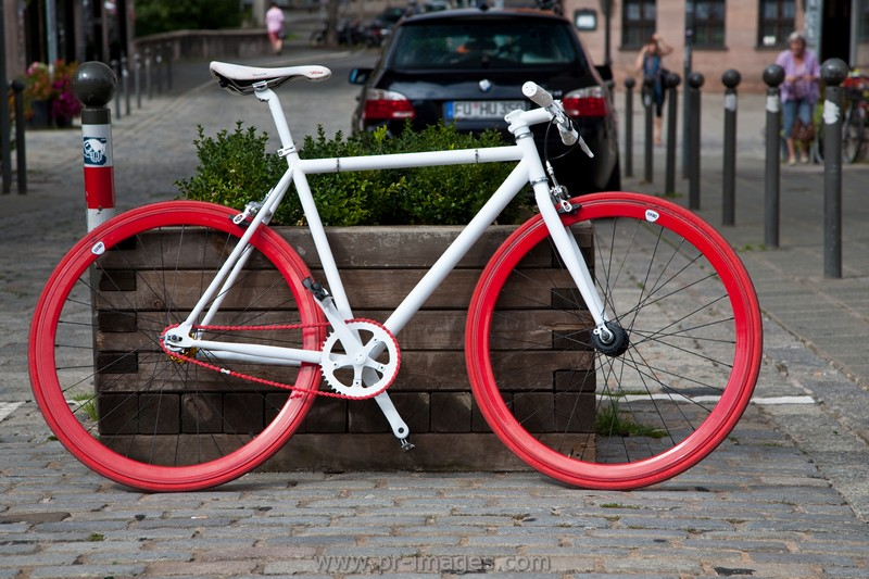 00078-nurnberg-germany-bicycle