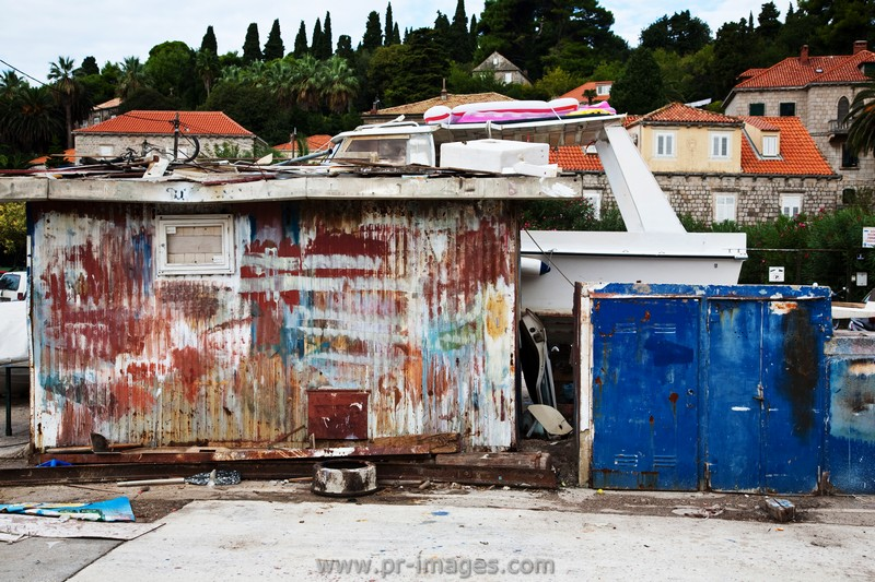 00089-croatia-dubrovnik-gruz-harbour-fishermans-shack